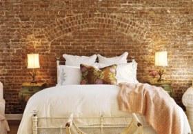 bedroom-artistic-brick-wall