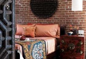 bedroom-brick-wall