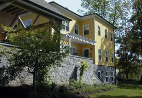 classic-house-w-stone-foundation